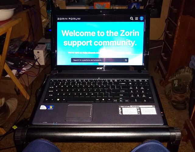 Zorin OS 16 PRO Workstation